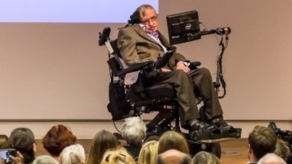 Stephen Hawking: 'I wouldn't be here without the NHS'
