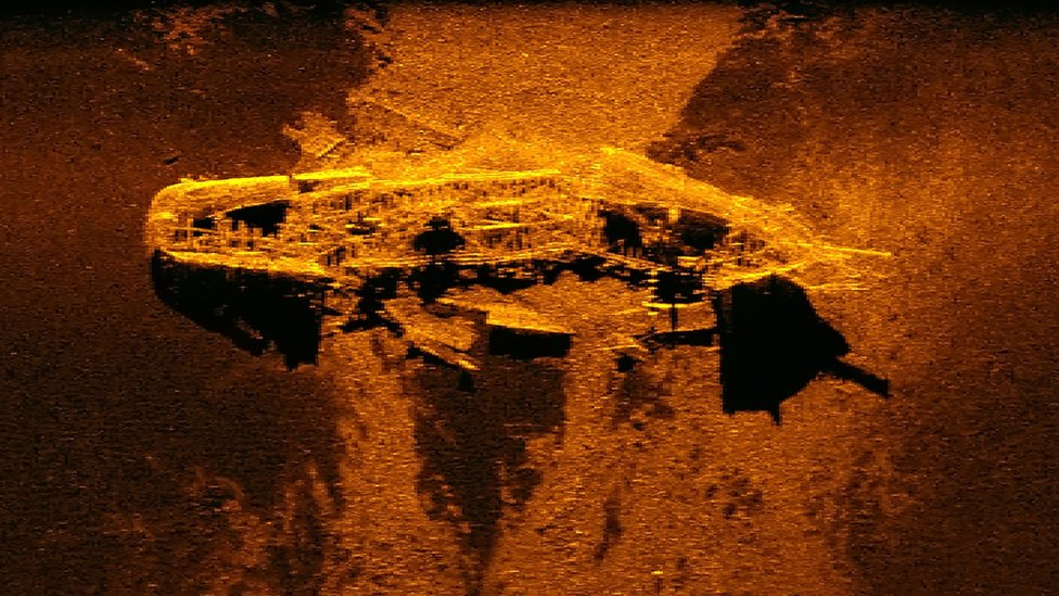Una imagen sonar de uno de los barcos naufragados descubiertos en 2015.