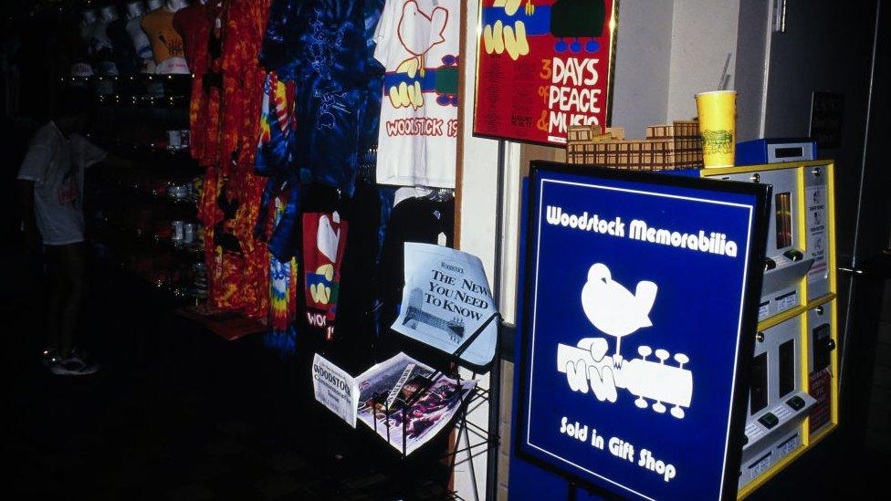 Woodstock hatıra ürünleri her yıl milyonlarca dolarlık ciro yapıyor