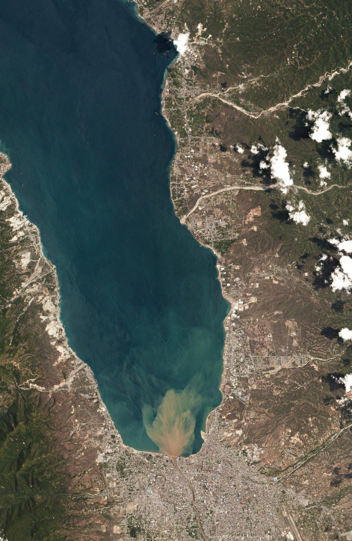 Satelitski snimak zaliva kod grada Palu