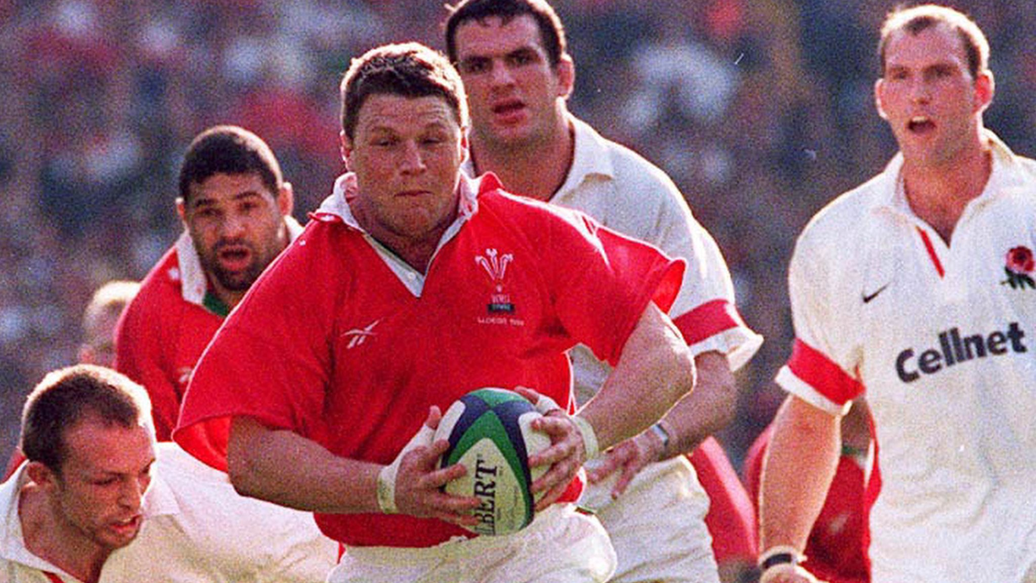 Drama, Tom Jones and Gibbs' great try - story behind Wales' 1999 win over England
