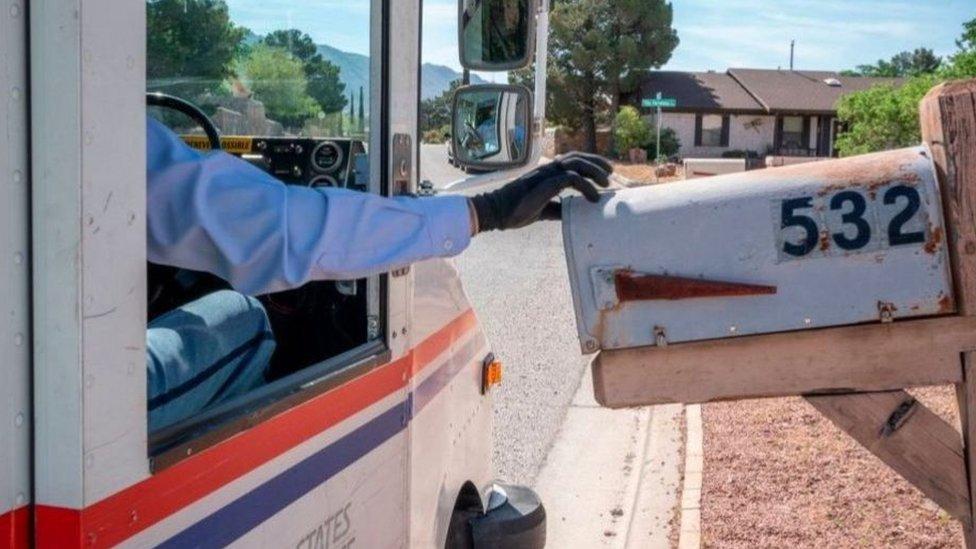 تأثرت خدمة البريد الأمريكية بسبب أزمة تفشي فيروس كورونا