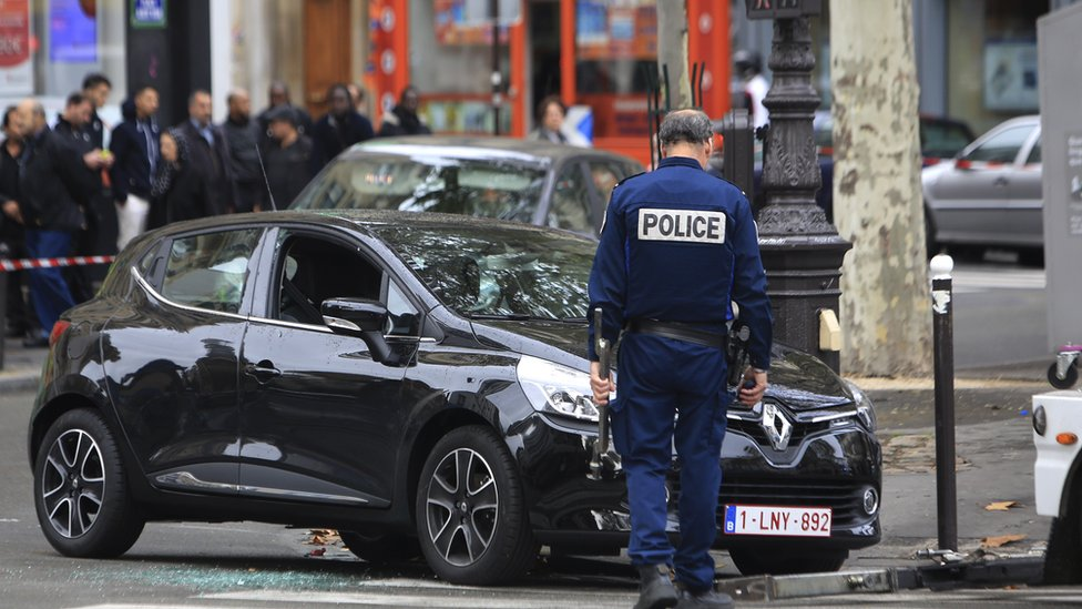 Salah Abdeslam had hired two cars, including a Renault Clio found four days after the attacks (17 Nov)