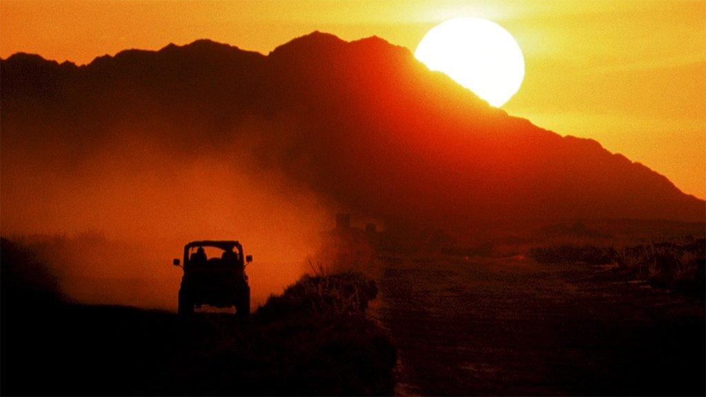 Jeep drives through Cuba