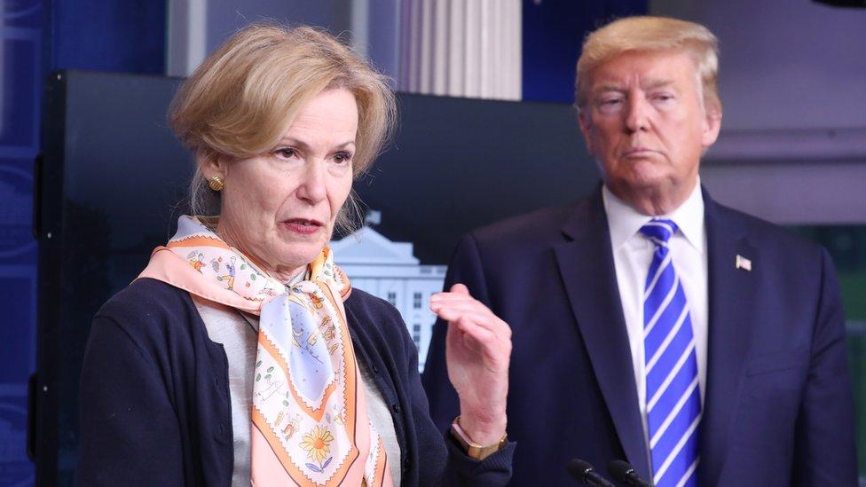 Deborah Birx y Donald Trump
