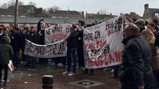Charlton Athletic supporters protest
