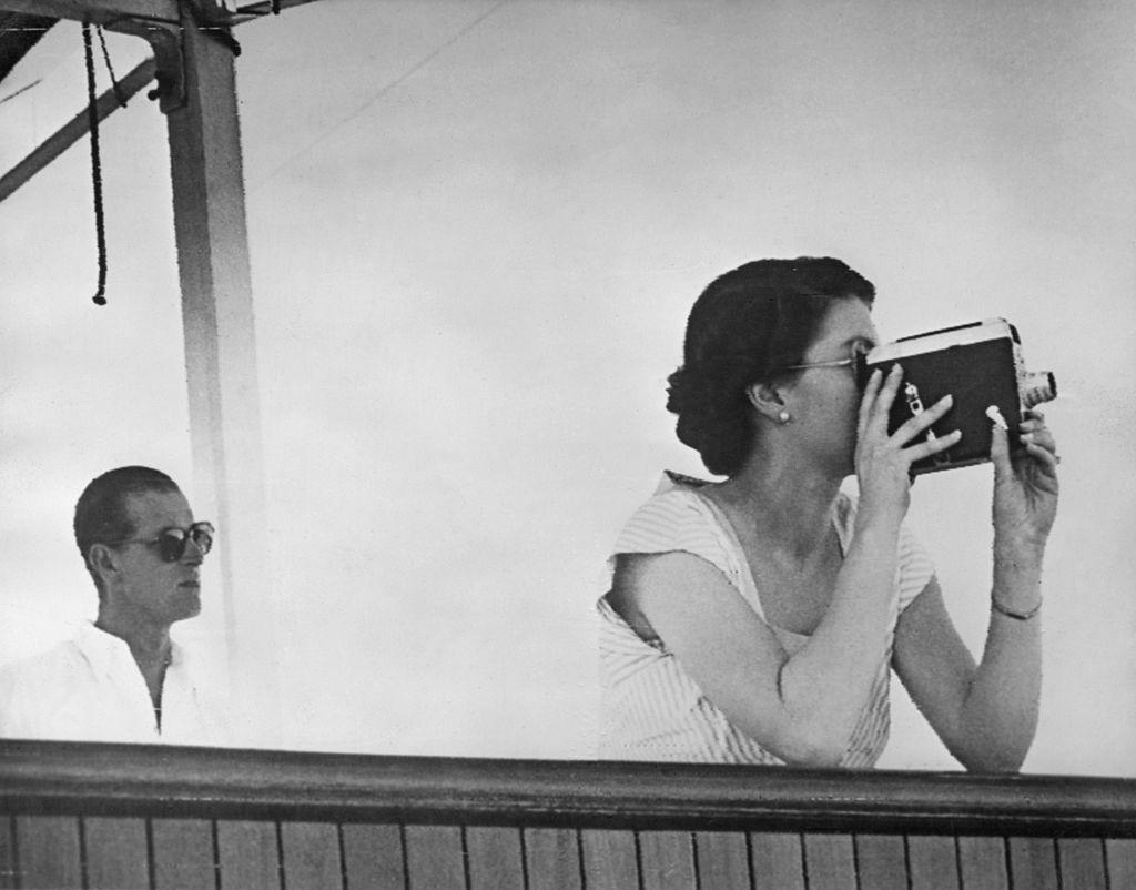 El príncipe Felipe y la reina Isabel II durante el tour de coronación en 1953.