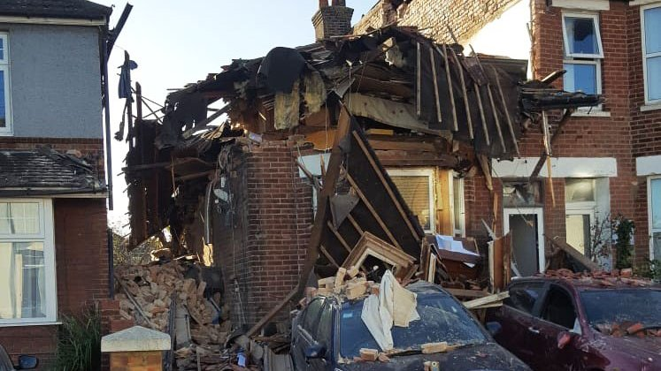 Two rescued from house explosion in Poole