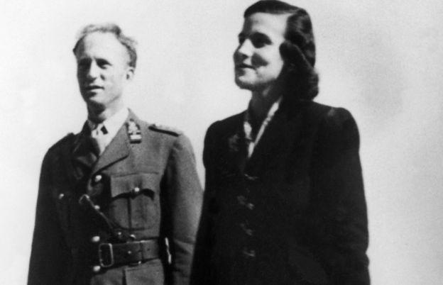 3. Leopold, ailesiyle birlikte Naziler tarafından Avusturya'ya götürüldü