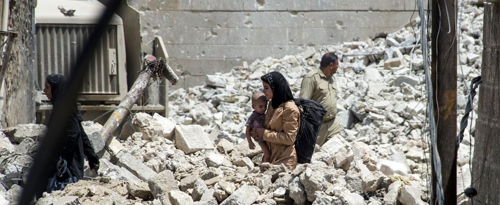 Women and children in Mosul
