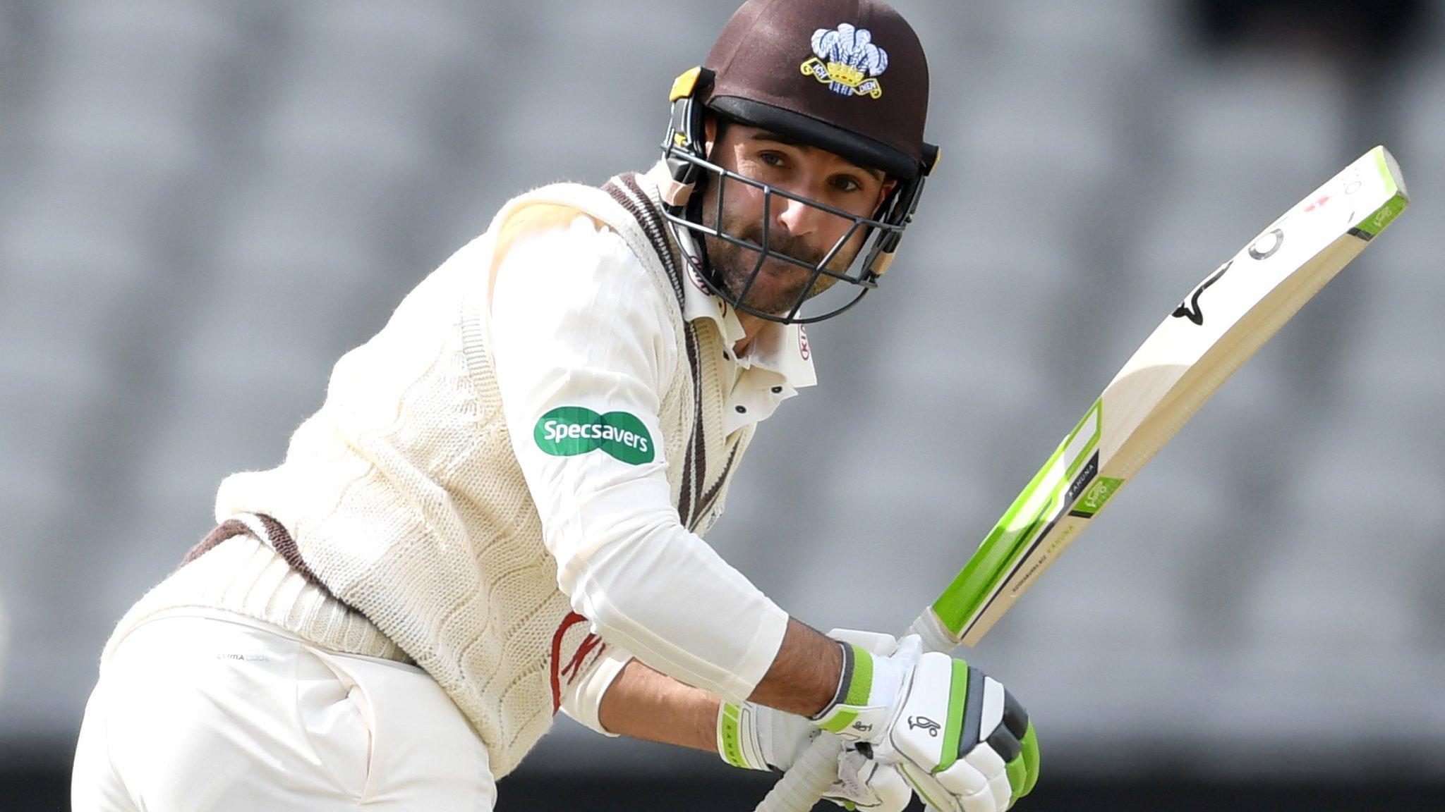 Dean Elgar: Surrey re-sign South Africa batsman for 2019 season