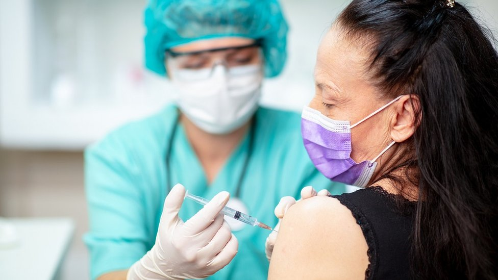 Covid-19: Flu jab push as Covid vaccine roll-out planned thumbnail