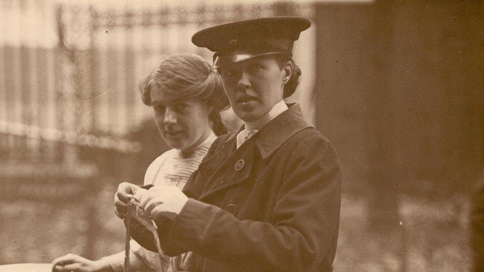 Vera Holme, WSPU chauffeur (c. 1910-11)