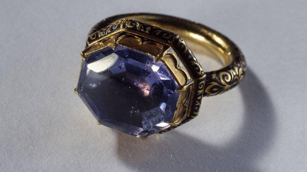 خاتم من القرن السادس عشر