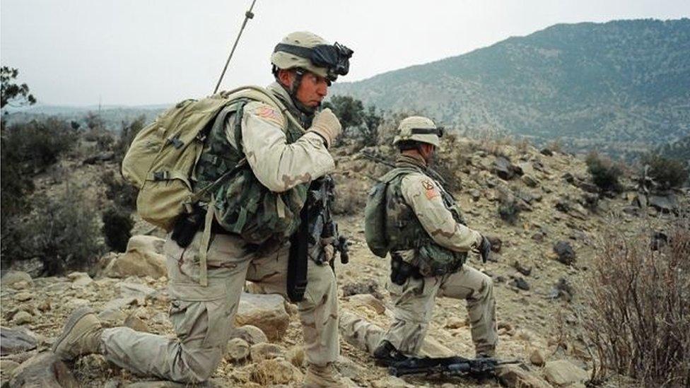 Soldados americanos no Afeganistão em 2003