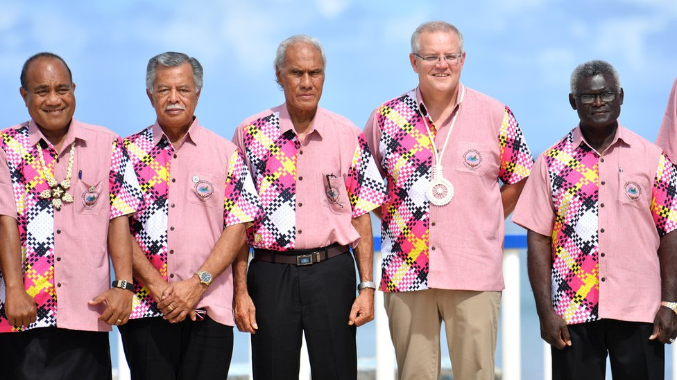Kiribati's President Taneti Maamau, Cook Islands Prime Minister Henry Puna, Tonga's Prime Minister Akilisi Pohiva, Australia's Prime Minister Scott Morrison and Solomon Islands Prime Minister Manasseh Sogavare pose for a group photo at the Pacific Islands Forum in 2019