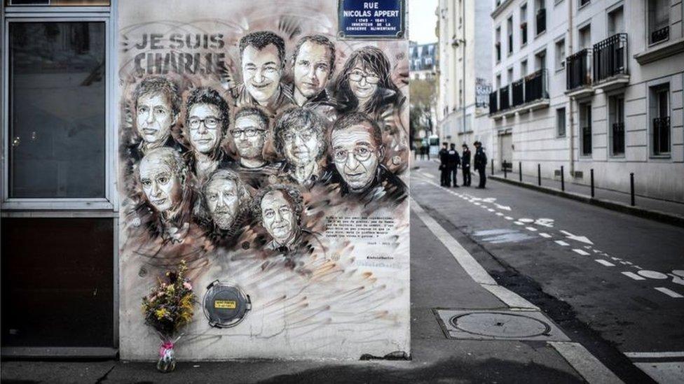 《查理周刊》血案受害人壁畫