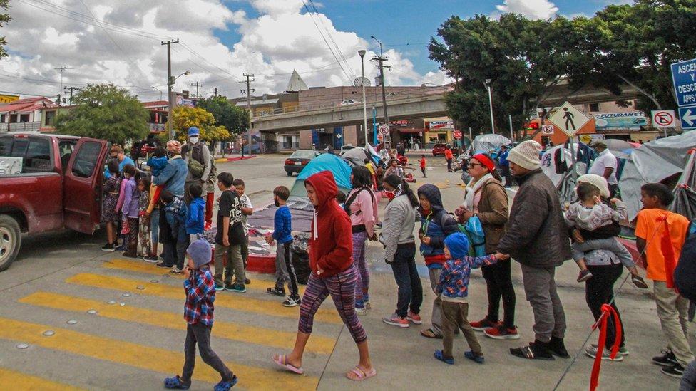 Niños en Tijuana, cerca de la frontera entre México y Estados Unidos.