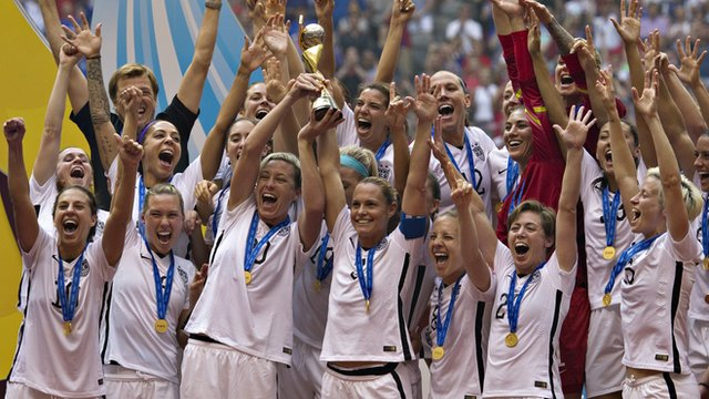 USA lift World Cup trophy