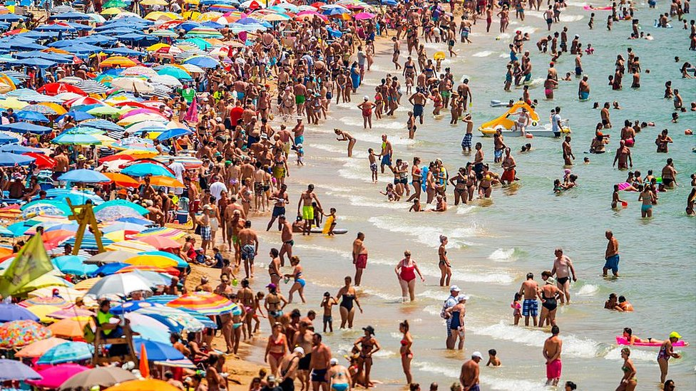 Holidaymakers hit as pound slides