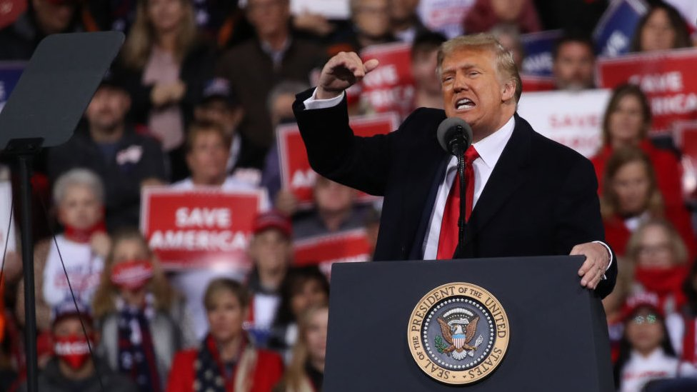 Donald Trump durante un rally político el 5 de enero, 2021