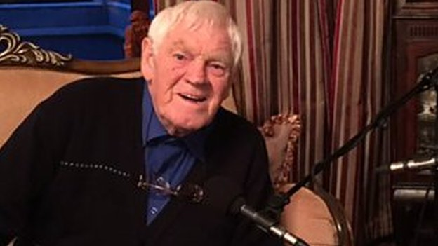 Big Tom McBride, Irish country music star, dies at 81