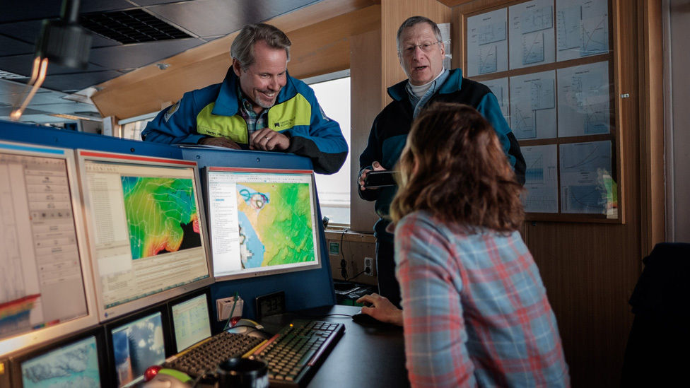 Kelly Hogan and colleagues map the Petermann fjord