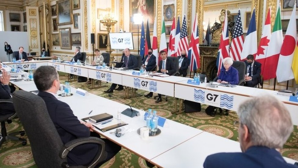 Finance ministers at a meeting of the G7