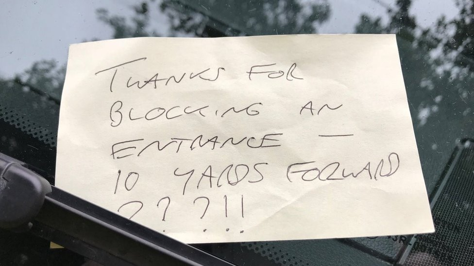 'Blocked road' note left on ambulance in Bath