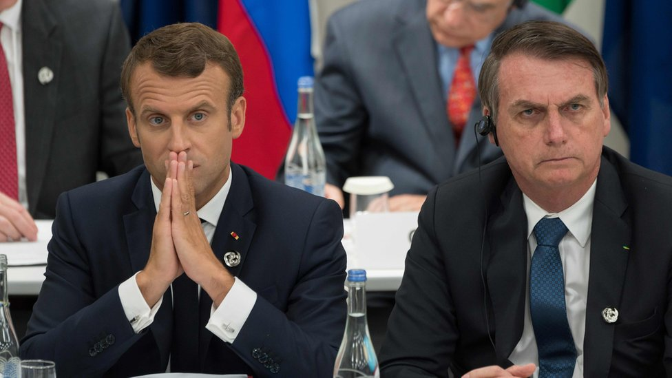 Emmanuel Macron (L) and Jair Bolsonaro at the G20 Summit in Osaka, 28 June
