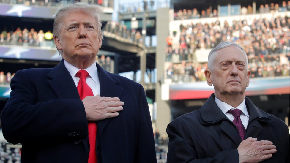 Donald Trump y James Mattis.