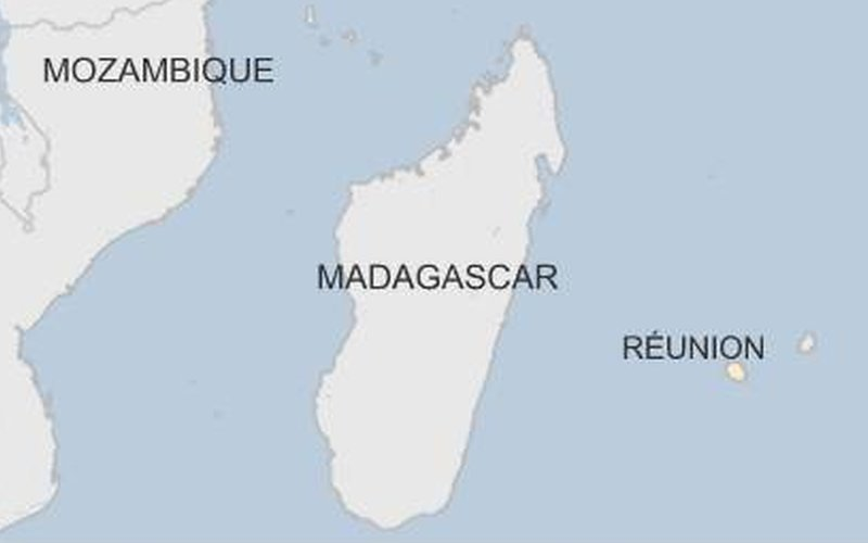 A map shows the location of Reunion in the Indian Ocean