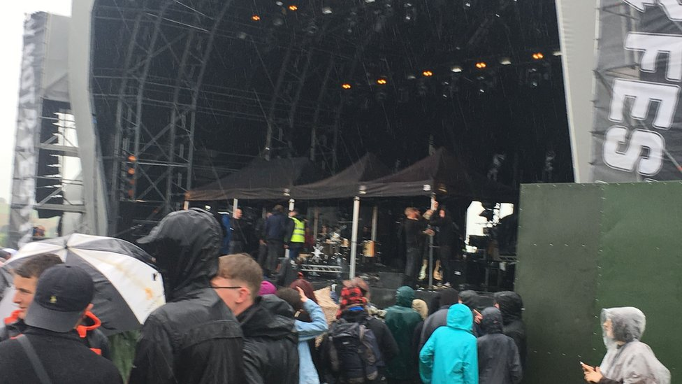 Gazebos pm stage at Y Not
