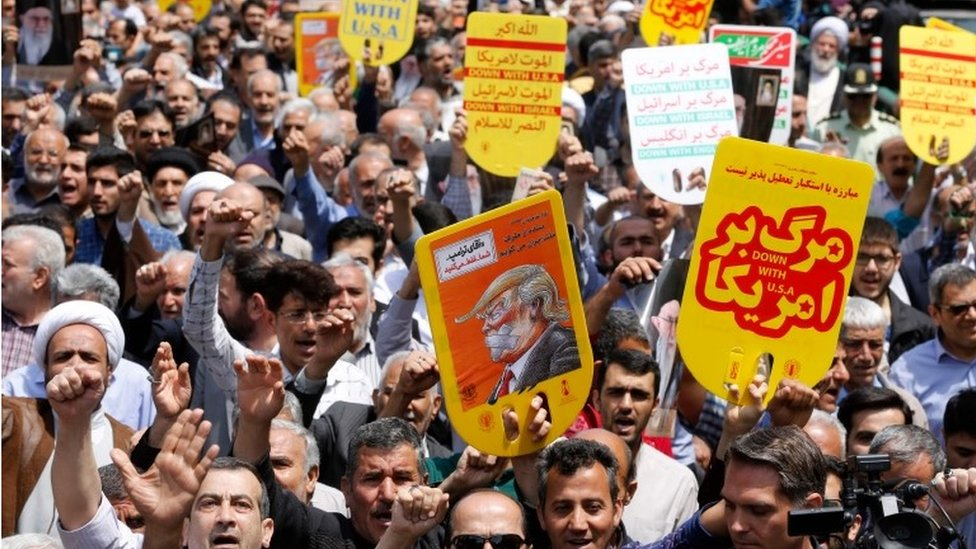 Iranians demonstrate in Tehran after the US cancels the Iran nuclear deal, 11 May 2018