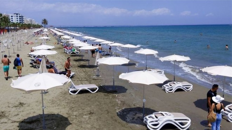 شاطئ في قبرص