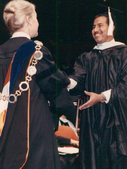 Graduación de la universidad de José Reyes