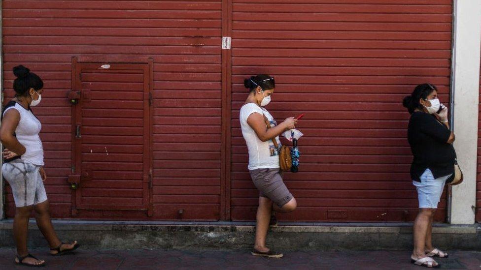 Perú fue uno de los primeros países de la región en dictar el autoconfinamiento.