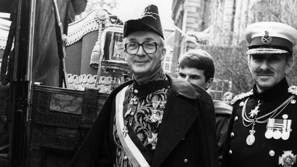 Dutch ambassador Jonkheer Huydecoper, in ceremonial uniform, sets off for Buckingham Palace to present his credentials to Queen Elizabeth II on 3 March 1982