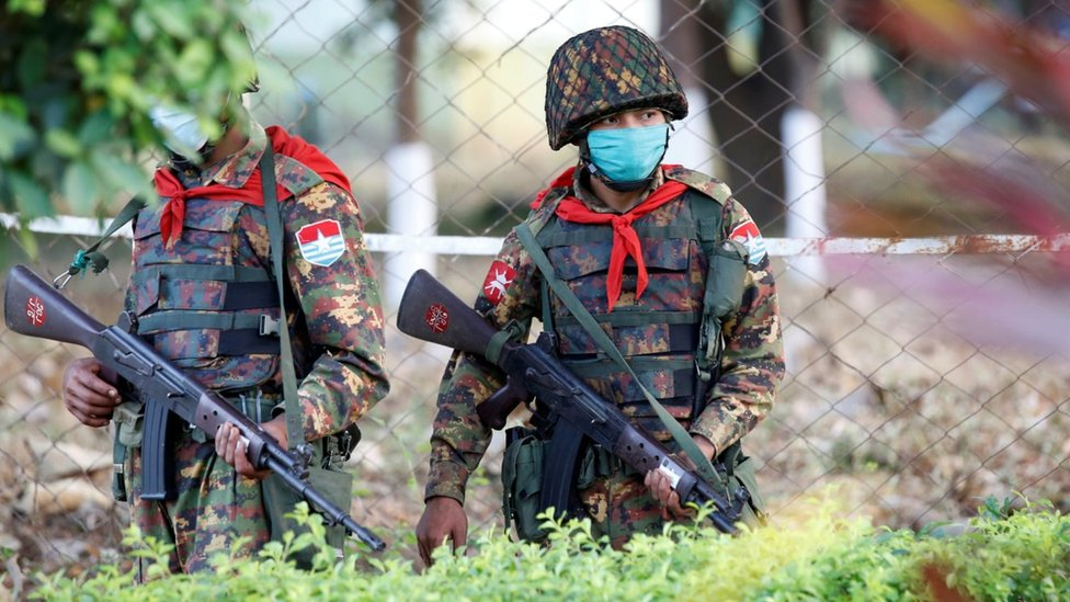 جنود في ميانمار