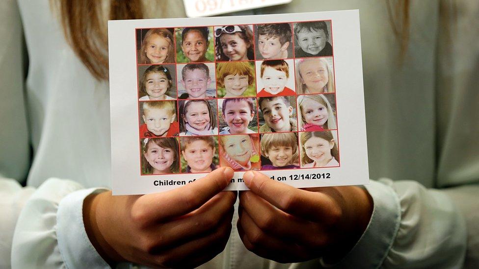 Imagen de las víctimas de la masacre de Sandy Hook.