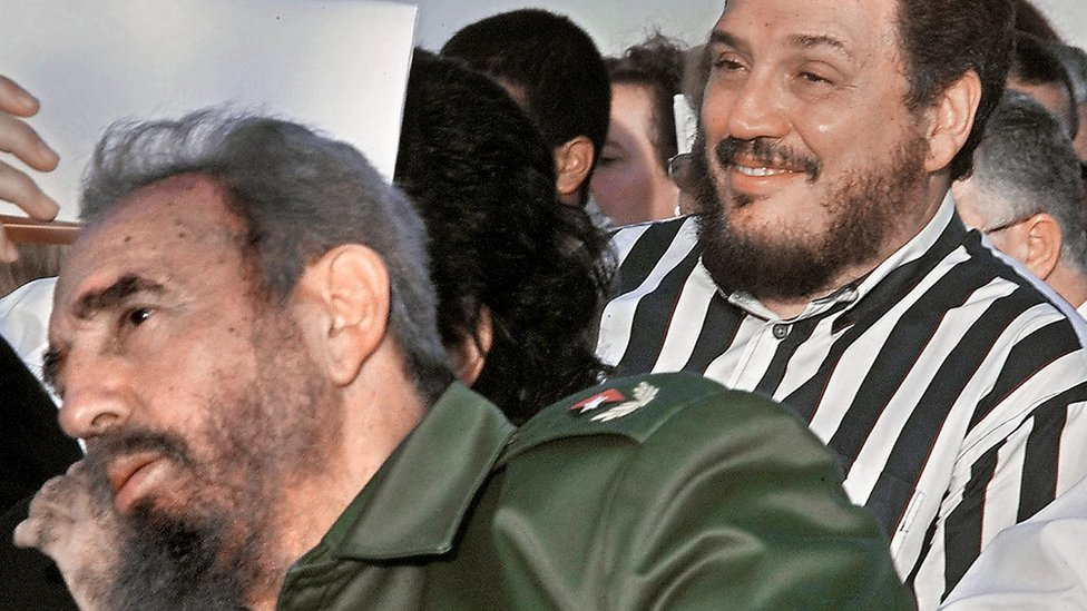 Cuban leader Fidel Castro (left) with his son, nuclear physicist Fidel Castro Diaz-Balart, in February 2002 during the Havana Book Fair opening