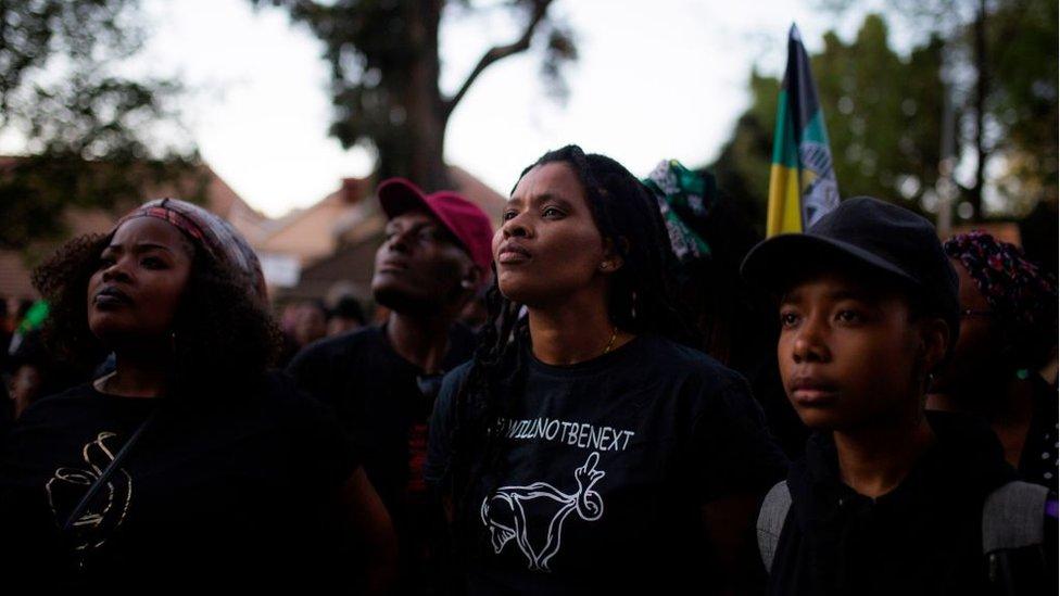 تعد جنوب أفريقيا واحدة من أعلى معدلات القتل في العالم والعنف ضد المرأة