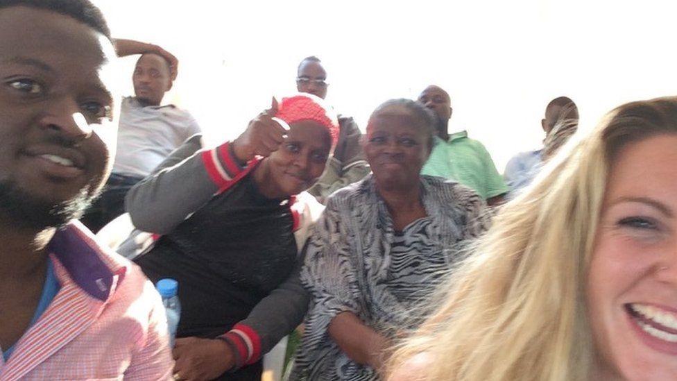 كاز أحست أن رحلتها إلى أوغندا كانت عبئا