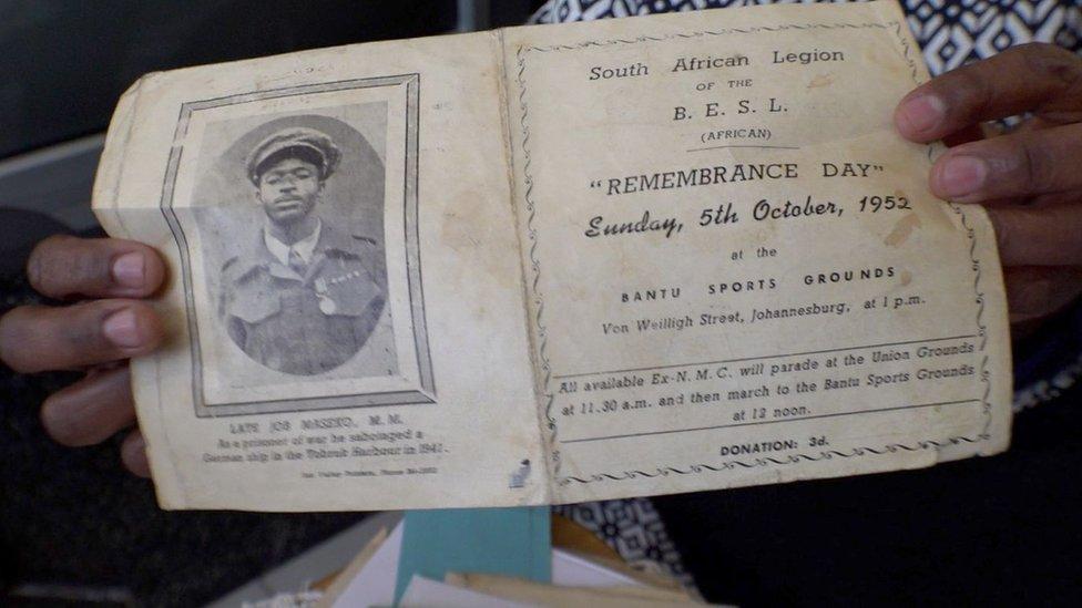 Programa del servicio religioso en memoria de Job Maseko.