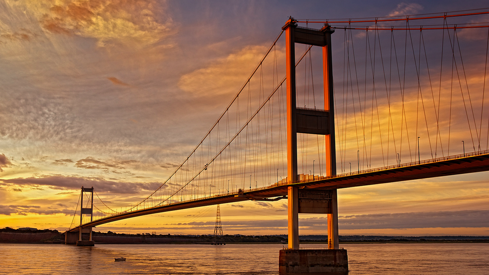 Severn bridges: M4 Severn crossing reopens toll free