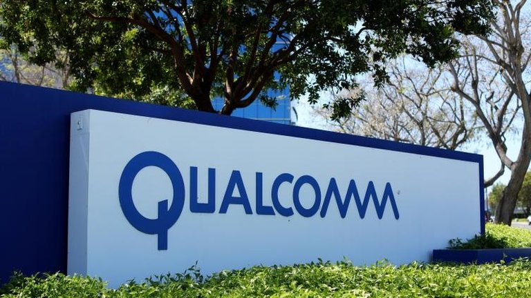 Qualcomm says Apple withholding royalty payments amid legal row