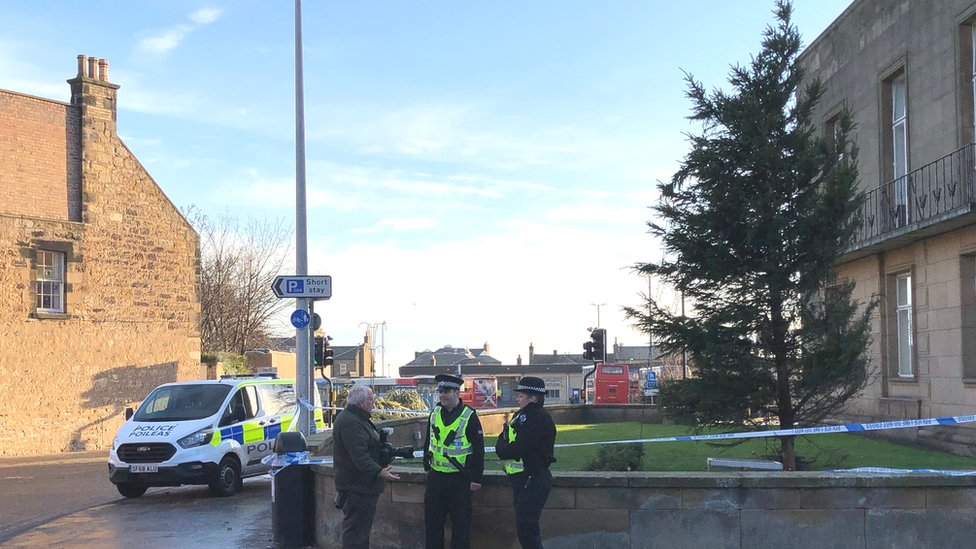 Man dies after falling from Christmas tree in Kirkcaldy