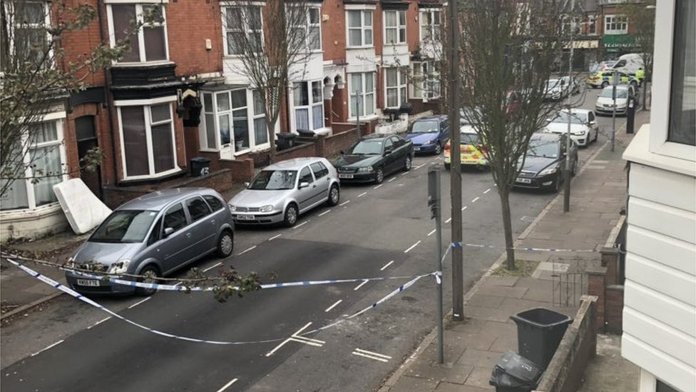 Leicester man who shot himself in leg pleads guilty