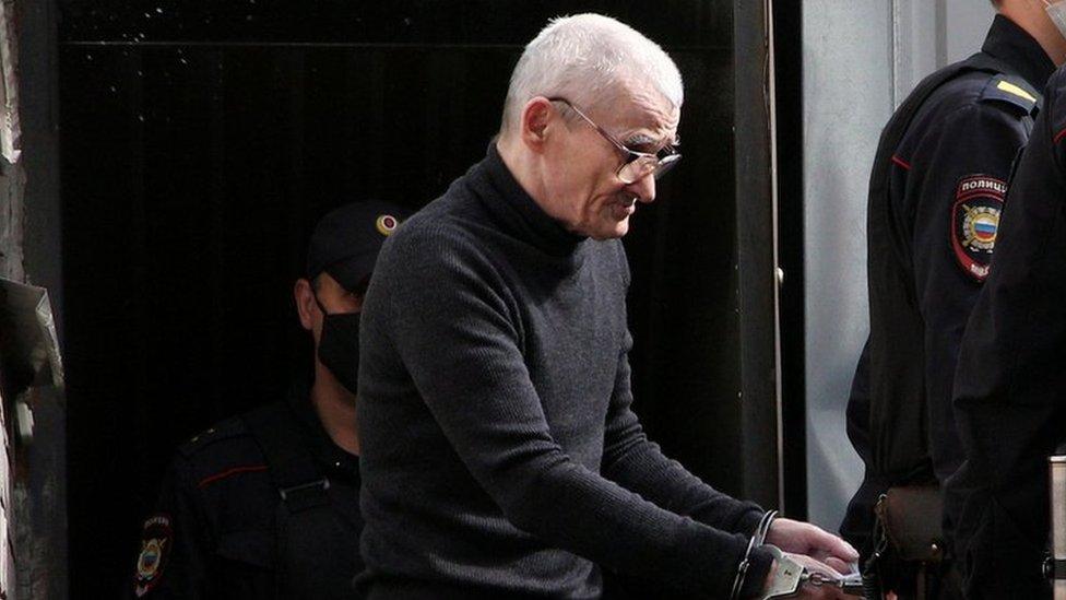 Суд ужесточил приговор историку Юрию Дмитриеву в четыре раза - до 13 лет