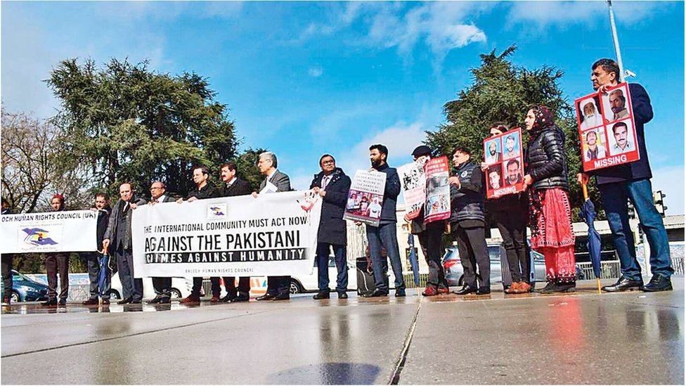 Protesters demonstrate against Pakistan outside the UN in Geneva September 2019